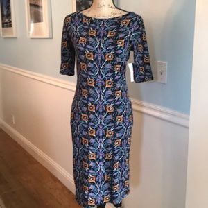 Lularoe Dress Julia Style Size Small. Super cute💙